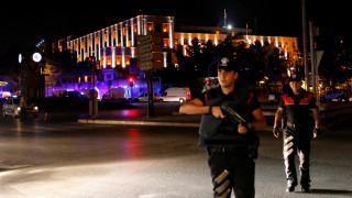 Σε εξέλιξη πραξικόπημα στην Τουρκία - Ο στρατός λεει ότι ελέγχει τη χώρα (vid - pic)