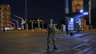 Τουρκία πραξικόπημα: Ουρές έξω από τα ΑΤΜ
