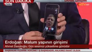 Στην αντεπίθεση ο Ερντογάν - Στους δρόμους ο κόσμος