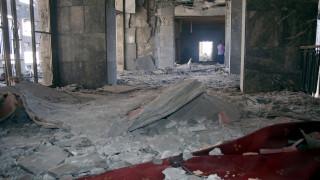 Η βομβαρδισμένη Τουρκική Βουλή (pics)
