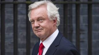 Δεν εγγυάται τίποτα για τους νέους μετανάστες στη Βρετανία ο αρμόδιος υπουργός για το Brexit