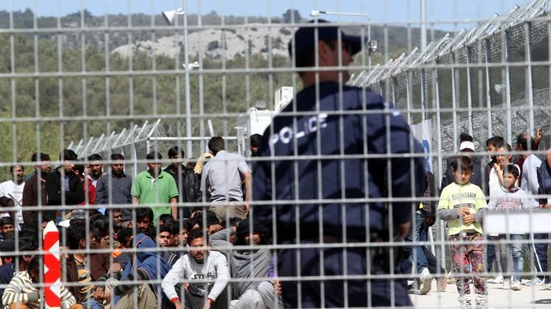 Συλλήψεις μεταναστών στο hot spot της Μόριας