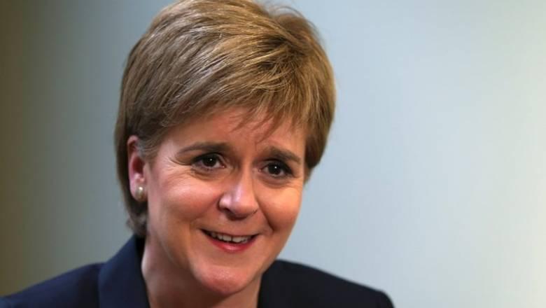 Δεν αποκλείει παραμονή της Σκωτίας στην Ε.Ε. η Στέρτζον
