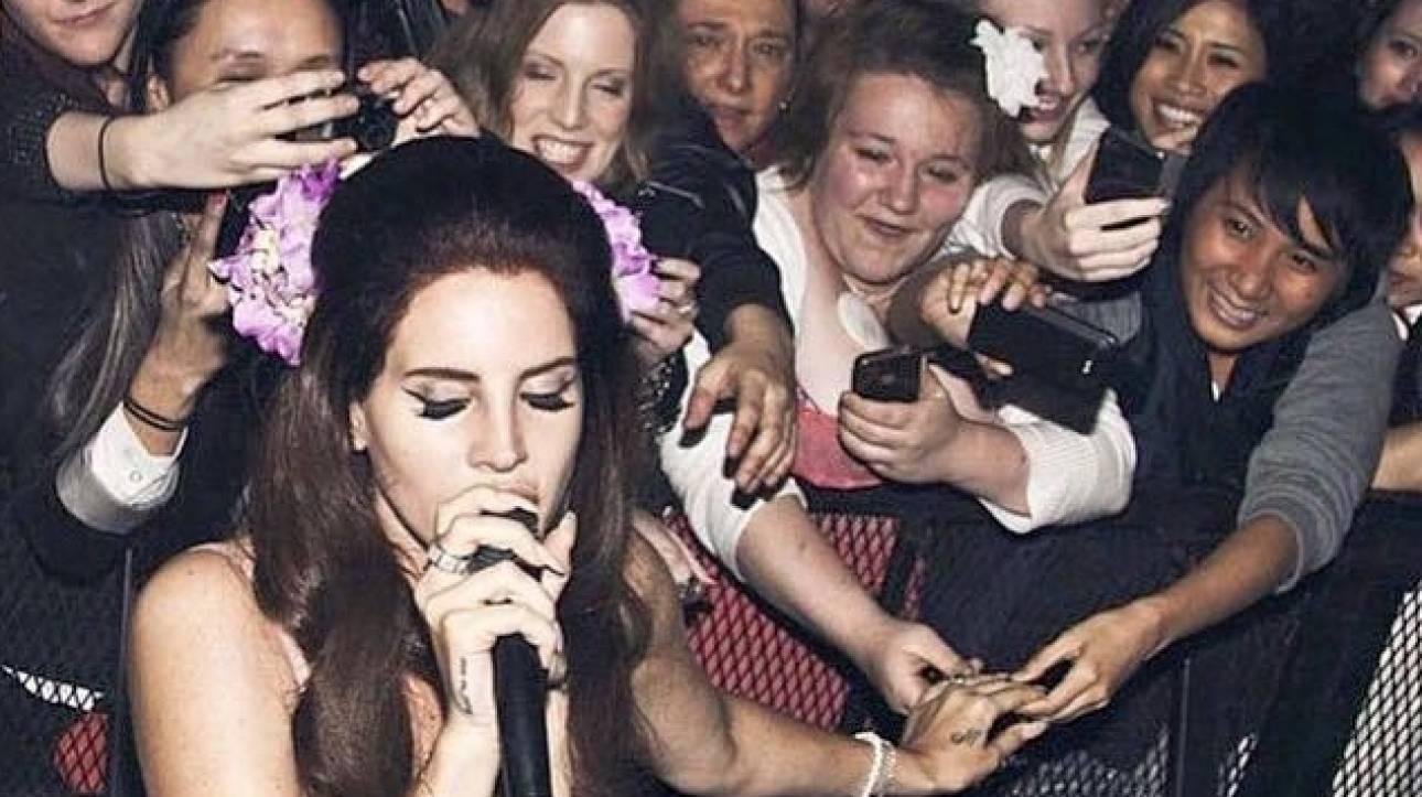 «Είναι ατάλαντη!»: 10 αλήθειες και ένα ψέμα για την αμφιλεγόμενη Lana Del Rey