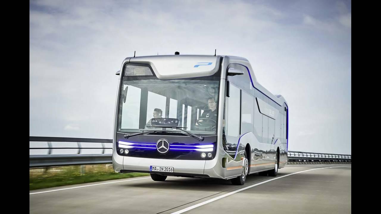 https://cdn.cnngreece.gr/media/news/2016/07/19/39927/photos/snapshot/mercedes-benz-future-bus-1.jpg