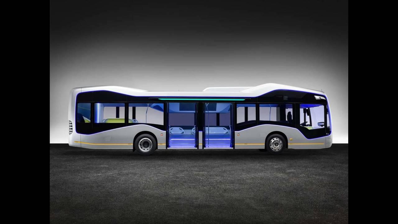 https://cdn.cnngreece.gr/media/news/2016/07/19/39927/photos/snapshot/mercedes-benz-future-bus-15.jpg