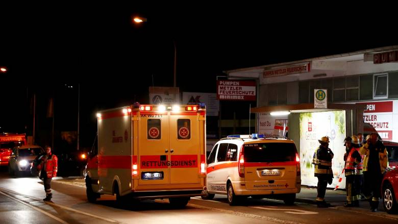 O δράστης της επίθεσης με τσεκούρι στη Γερμανία απειλεί με επιθέσεις αυτοκτονίας (vid)
