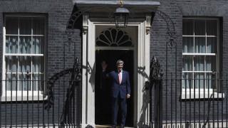 «Έφαγε πόρτα» ο Τζον Κέρι στη Downing Street