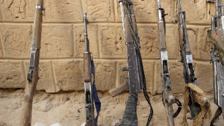 Μάλι: 12 στρατιώτες νεκροί και 27 τραυματίες από την επίθεση ενόπλων σε στρατιωτική βάση