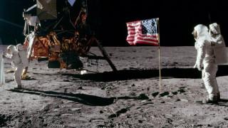 Σαν σήμερα ο άνθρωπος πάτησε για πρώτη φορά στη Σελήνη (pics & vid)