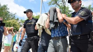 Μεταφέρουν εσπευσμένα στην Αθήνα τους 8 Τούρκους στρατιωτικούς