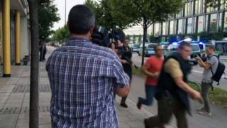 Βίντεο-σοκ: Η στιγμή της επίθεσης στο Μόναχο