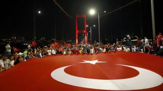 Σιμσέκ: «Η Τουρκία θα τηρήσει τις δημοκρατικές αρχές»