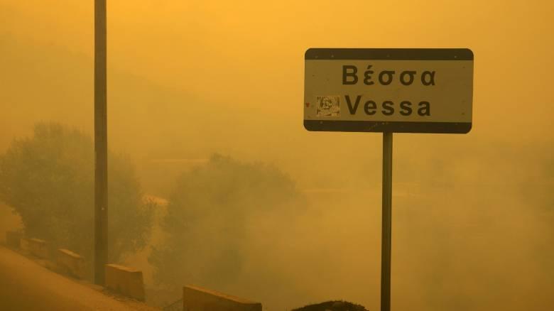 Σε εξέλιξη μεγάλη πυρκαγιά στη Χίο-Εκκενώνονται χωριά