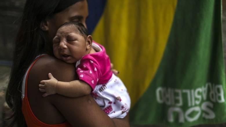 Γεννήθηκε το πρώτο μωρό με μικροκεφαλία στην Ευρώπη