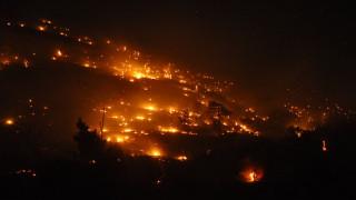 Σε ύφεση η πυρκαγιά στη Χίο υπό τον φόβο αναζωπυρώσεων