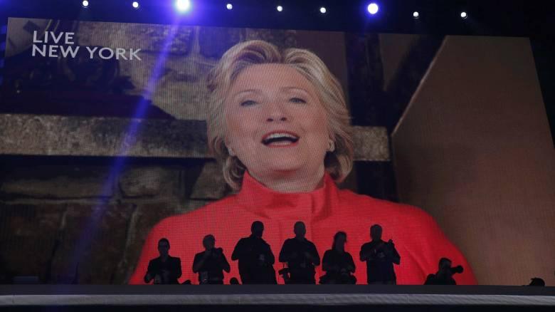 Έλαβε και επίσημα το χρίσμα η Χίλαρι Κλίντον