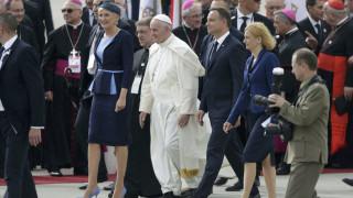 Πάπας Φραγκίσκος: Δεν ζούμε θρησκευτικό πόλεμο αλλά πόλεμο συμφερόντων