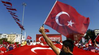 Θεωρίες συνωμοσίας στην Τουρκία: Η CIA, το πραξικόπημα και το... γατίσιο λόμπι