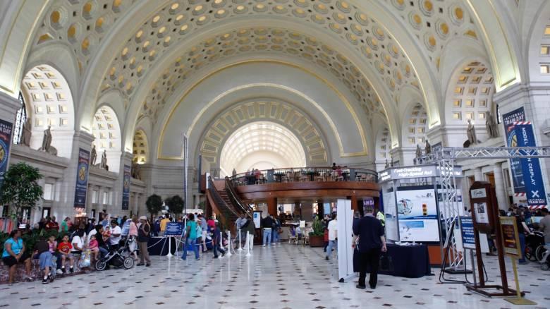 Απειλή βόμβας οδηγεί στην εκκένωση κεντρικού σταθμού τρένων στην Ουάσιγκτον