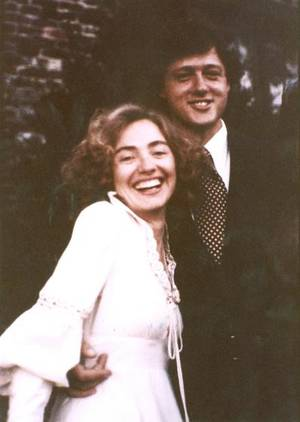 Η Χίλαρι και ο Μπιλ στο γάμο τους, 11 Οκτωβρίου 1975.