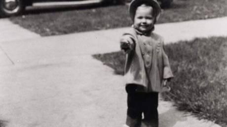 #TBT: Αυτό το μωρό είναι η Χίλαρι Κλίντον πριν γίνει αυτό που είναι σήμερα