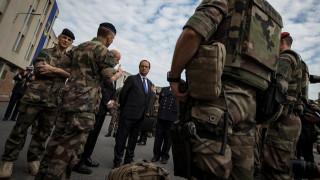 Ειδική εθνοφρουρά κατά της τρομοκρατίας, συστήνει ο Ολάντ