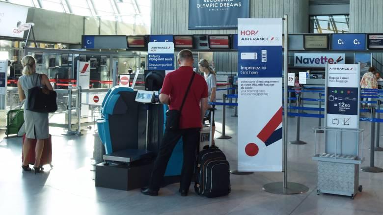 Γαλλία: Πτώση στις αεροπορικές κρατήσεις μετά την επίθεση στη Νίκαια
