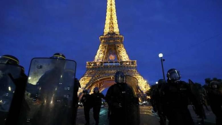 Στη Γαλλία εκδόθηκαν δύο ύποπτοι για τις τρομοκρατικές επιθέσεις του Νοεμβρίου