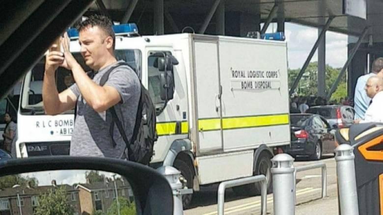Συναγερμός σε εμπορικό κέντρο στη Βρετανία - εκκενώθηκε το κτήριο