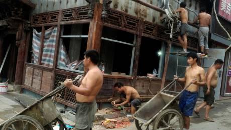 Κίνα: σε κίτρινο συναγερμό εν αναμονή του τυφώνα Νίντα