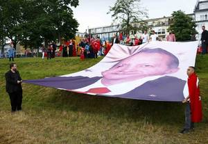 Γερμανία: Ταυτόχρονες διαδηλώσεις υπέρ και κατά του Ερντογάν