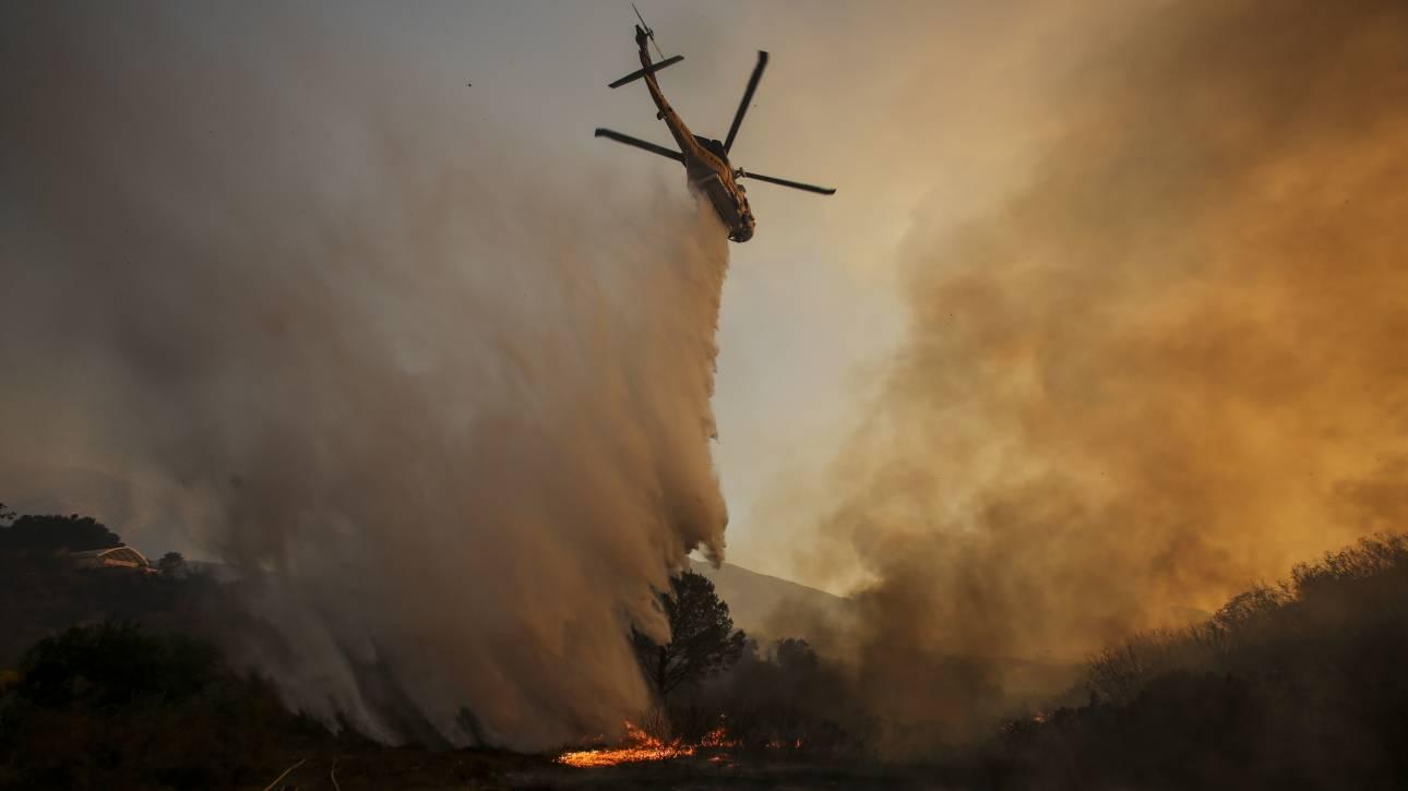 Καλιφόρνια: Αισιοδοξία για την κατάσβεση της πυρκαγιάς