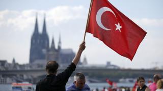 Διαδήλωση χιλιάδων υποστηρικτών του Προέδρου Ερντογάν στην Κολωνία