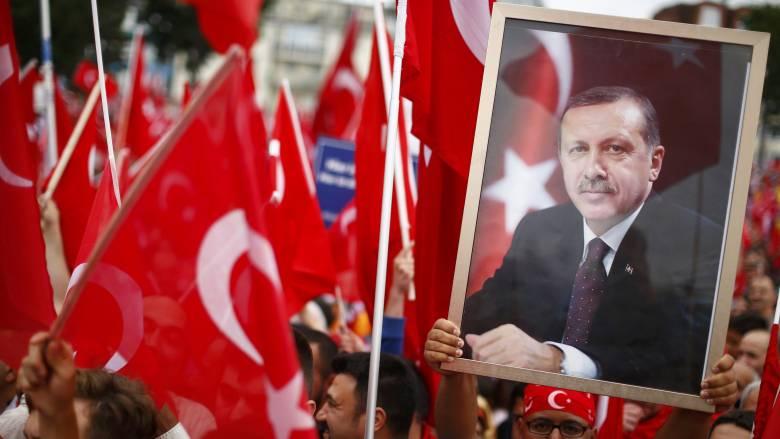 Αντιπρόεδρος τουρκικής κυβέρνησης: Τρομοκράτες διείσδυσαν στον κρατικό μηχανισμό