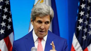 O Κέρι ζητά από τη Ρωσία να «ηρεμήσει» τον Άσαντ