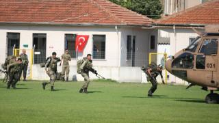 Τουρκία: Έφοδοι σε στρατιωτικό νοσοκομείο – συλλήψεις γιατρών