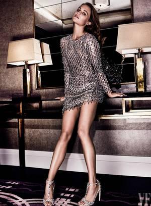 Φόρεμα Michael Kors Collection, παπούτσια Jimmy Choo.