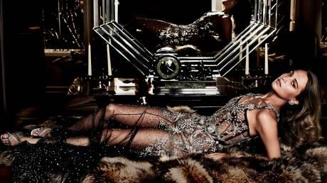 H Αλίσια Βικάντερ η νέα μούσα του Χόλιγουντ στο Vanity Fair Σεπτεμβρίου