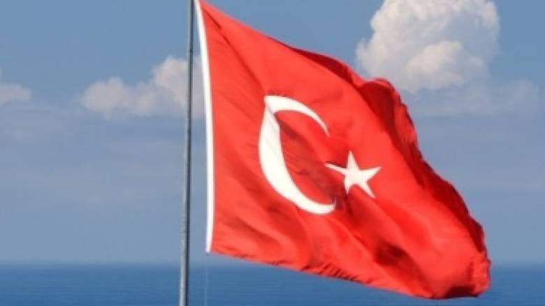 Σύμη: Διαψεύδει ο δήμαρχος τα περί έπαρσης της τουρκικής σημαίας