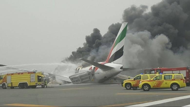 Συναγερμός στο αεροδρόμιο του Ντουμπάι (pics + vid)