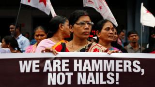 Εκατοντάδες βίντεο ομαδικών βιασμών γυναικών πωλούνται καθημερινά στην Ινδία