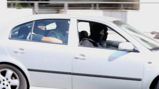 Τρομοκρατία: Στα δικαστήρια της Ευελπίδων οι Σακκάς και Σεϊσίδης