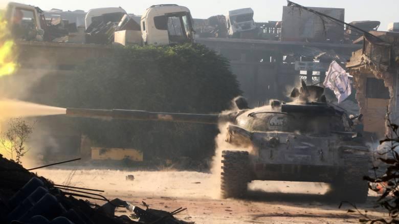 Μαίνονται οι μάχες στο Χαλέπι, αυξάνει ο αριθμός των νεκρών αμάχων