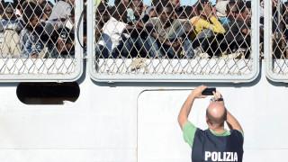 Ιταλία: Πάνω από εκατό μετανάστες πέρασαν τον αστυνομικό κλοιό και εισήλθαν στη Γαλλία
