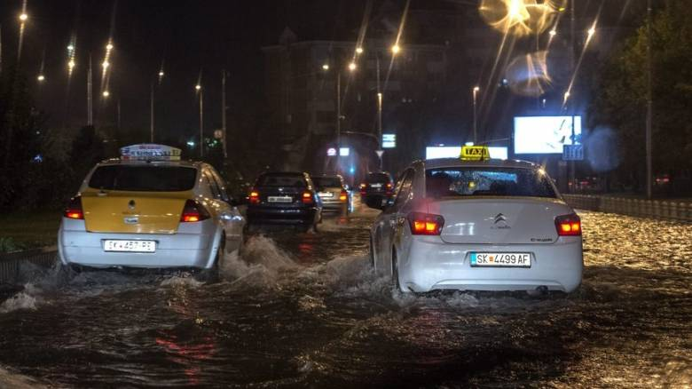 Σκόπια: Νεκροί και αγνοούμενοι από ισχυρή καταιγίδα