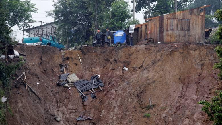 Πνίγεται στη λάσπη το Μεξικό-Δεκάδες νεκροί από κατολισθήσεις