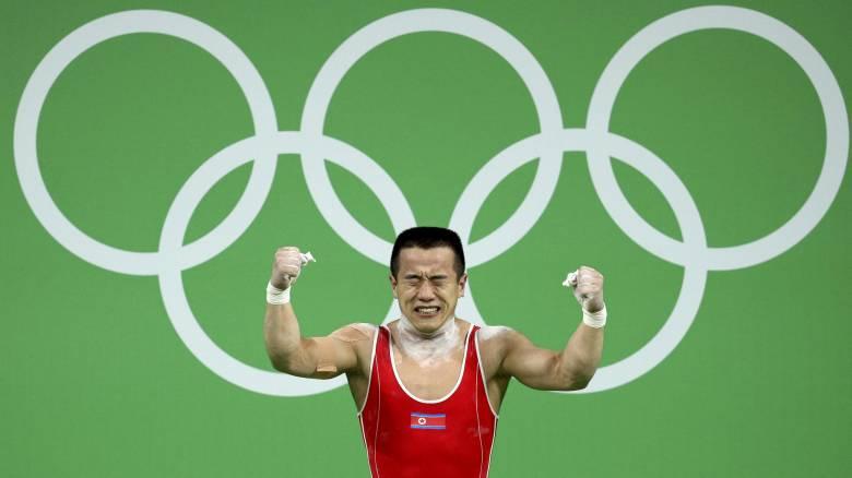 Συγγνώμη ζητάει Βορειοκορεάτης αθλητής από τον Κιμ Γιονγκ Ουν επειδή δεν κέρδισε το χρυσό μετάλλιο