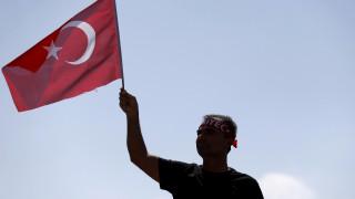 Τουρκία: Υπό κράτηση 10 ξένοι υπήκοοι για συμμετοχή στο αποτυχημένο πραξικόπημα