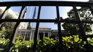 Μαξίμου για Μητσοτάκη: Συνεχίζει την πολιτική Σαμαρά σε οικονομία και προπαγάνδα